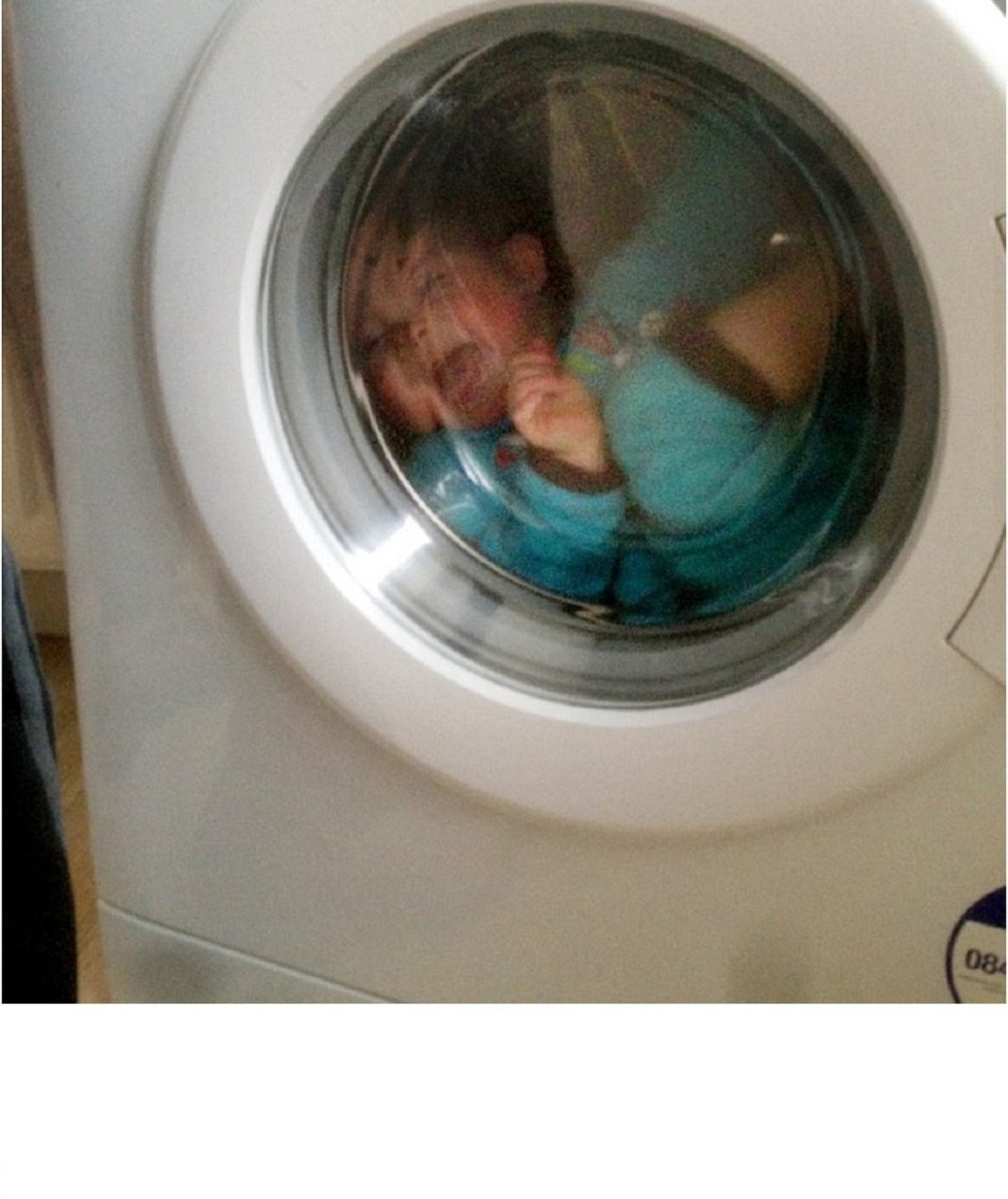 The Mother Inhumanly Killed her Daughter by Putting her in the Washing Machine